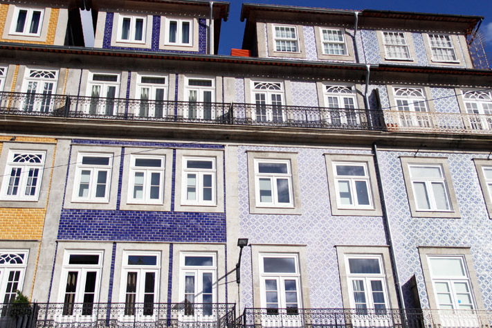 façade bleue